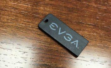 Clé USB EVGA dans bundle carte mère