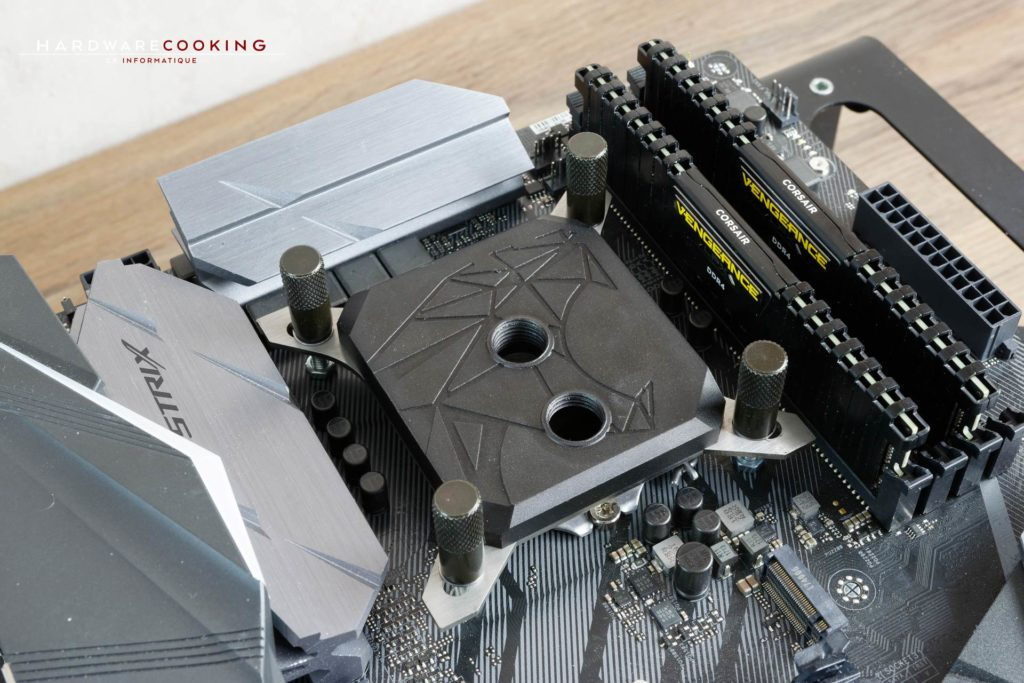 Test waterblock CPU HCM PRO LIMITED de Hybrid Cooling Modding