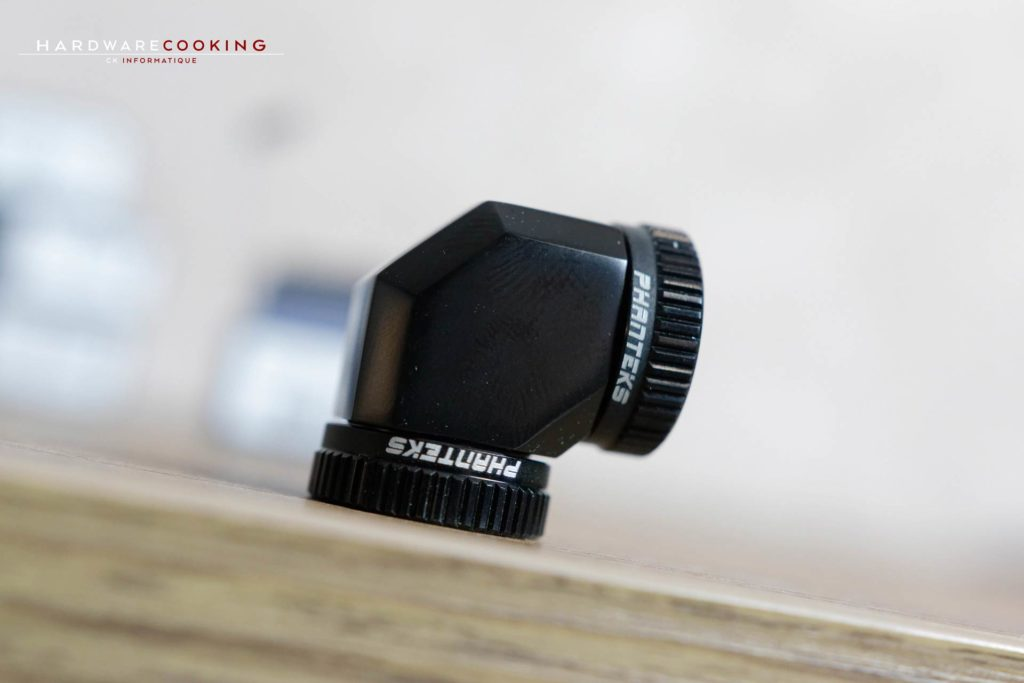 raccords Phanteks Glacier 16mm Hard Tube Adapter 90° - Black