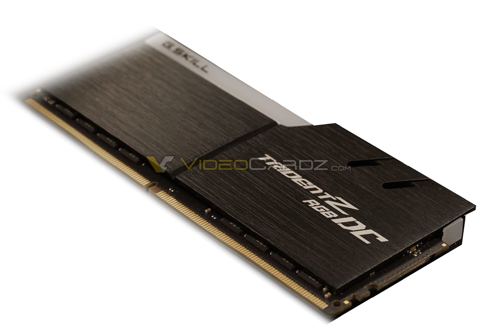 Asus DDR4 DC DIMM Double Capacity DDR4 G.SKILL Trident Z RGB DC