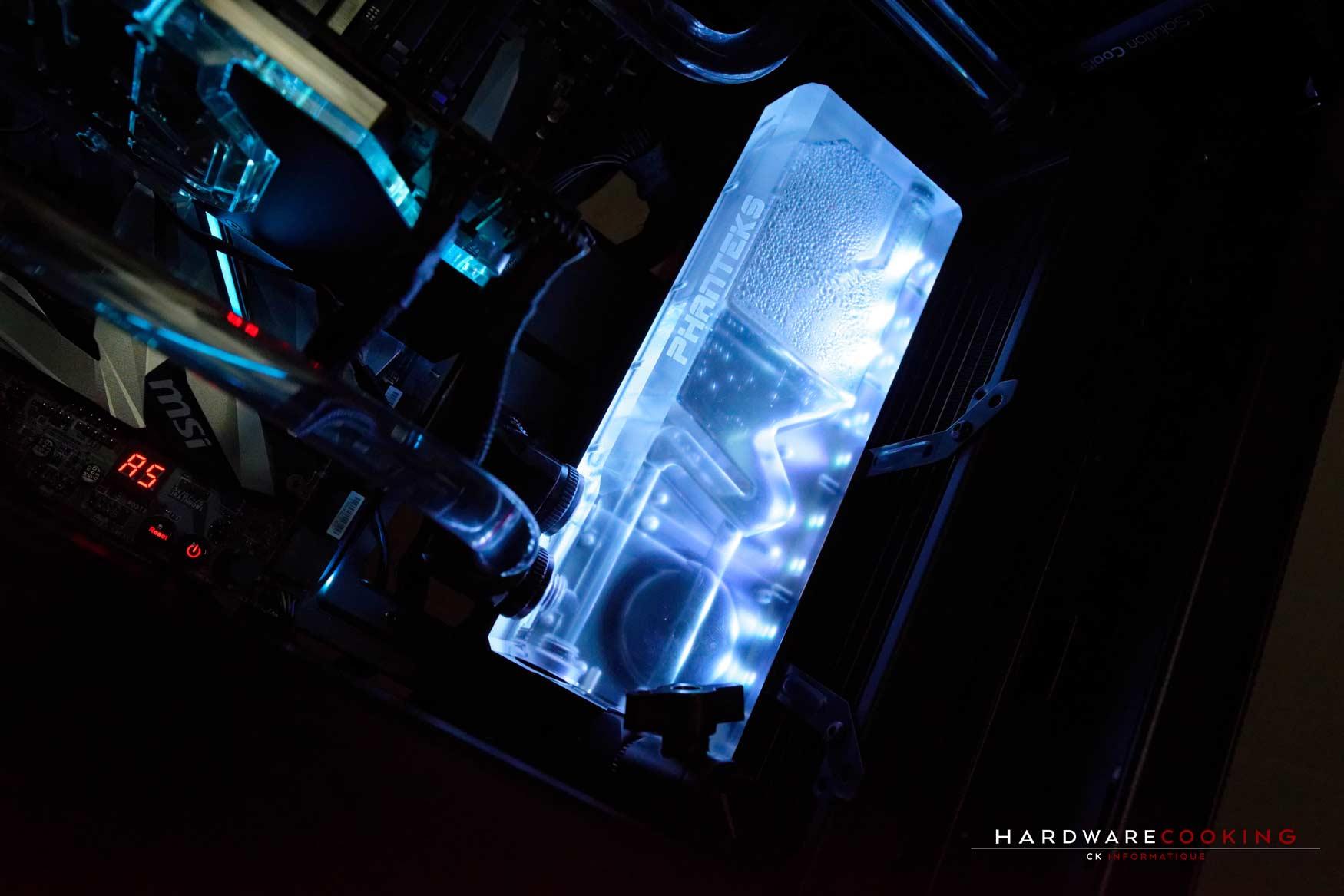 Rig du jour : Crustal Link par HardwareCooking : réservoir Phanteks Glacier R220