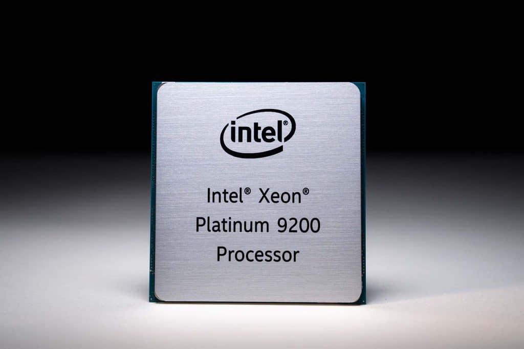 Processeur Intel Xeon Platinum 9200
