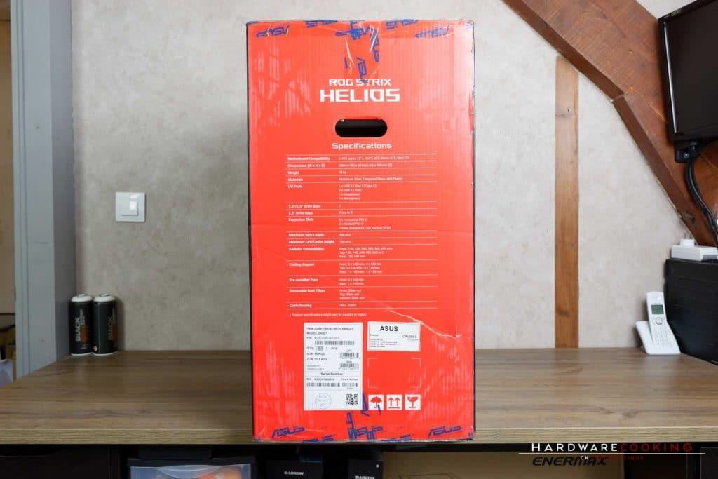 Carton du boîtier ASUS ROG Strix Helios
