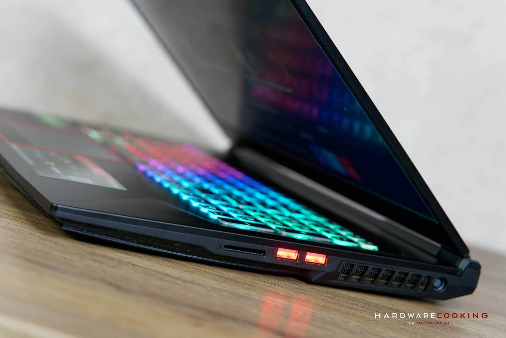 Test MSI GE75 Raider 8SF-060FR