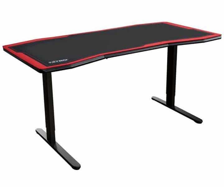 Nitro Concepts D16 gaming desk