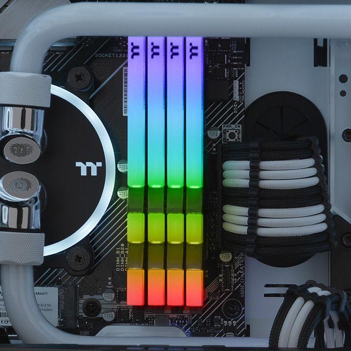 Thermaltake TOUGHRAM RGB White