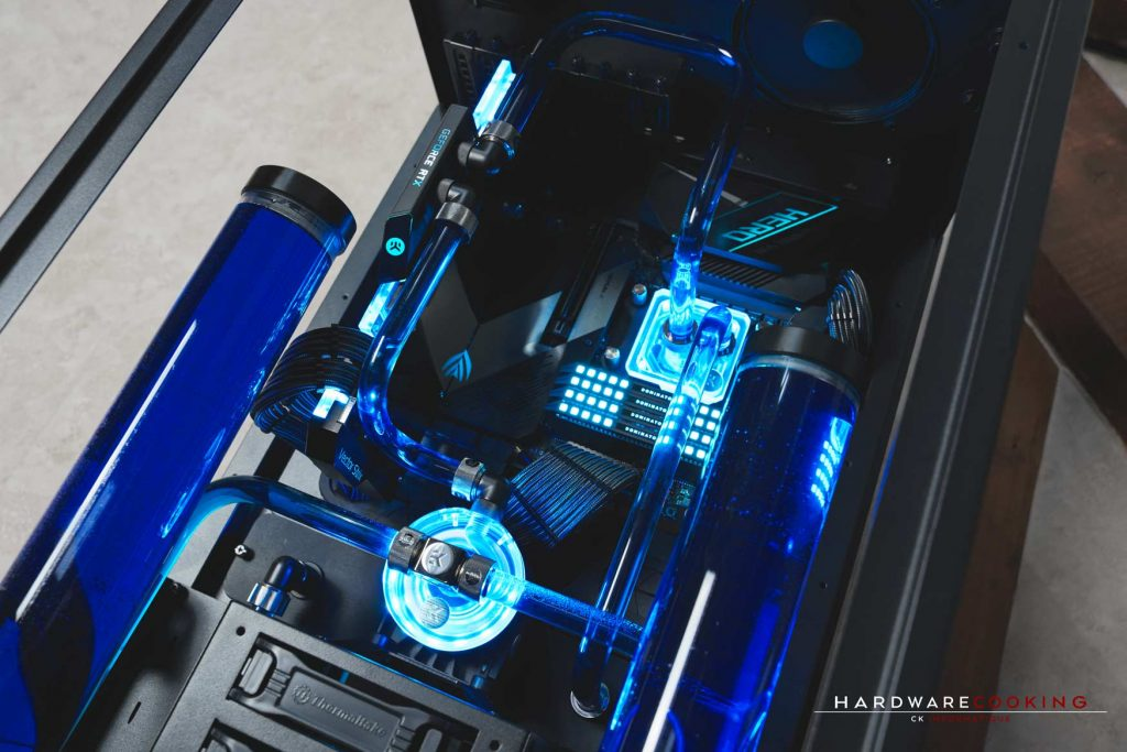 Build The ROG Tower 900, projet client watercooling custom par CK Informatique