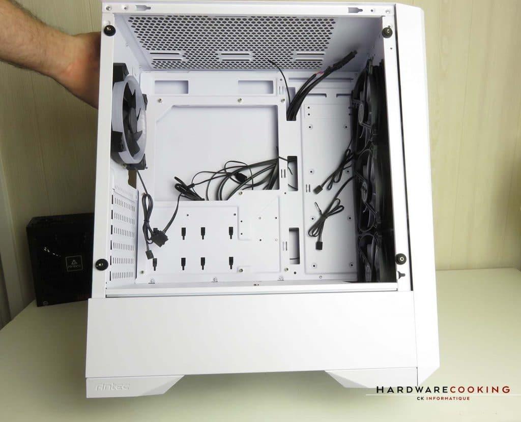 ANTEC DP501 White intérieur